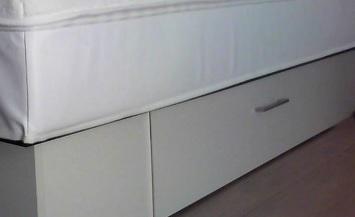 socle avec deux grands tiroirs